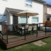 trex-deck-w-aluminum-glass-railings