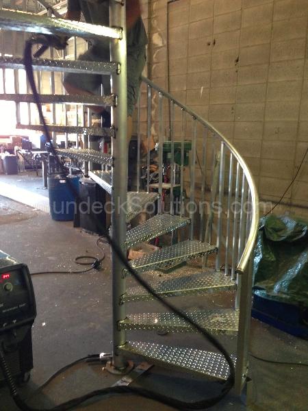 aluminum decking calgary | Aluminum Railings - Calgary Vinyl Decking