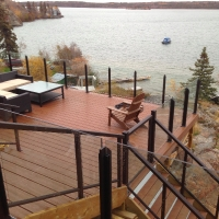 42-topless-wglass-stair-rail-in-yellowknife