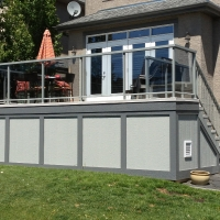 maintenance-free-deck-with-waterproof-storage